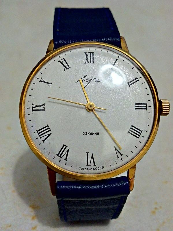 Часы луч 2209 23 камня