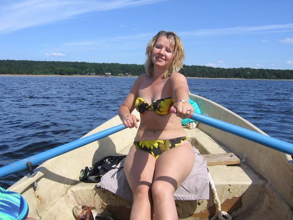Фотографии голых баб ебут на речке — pic 2