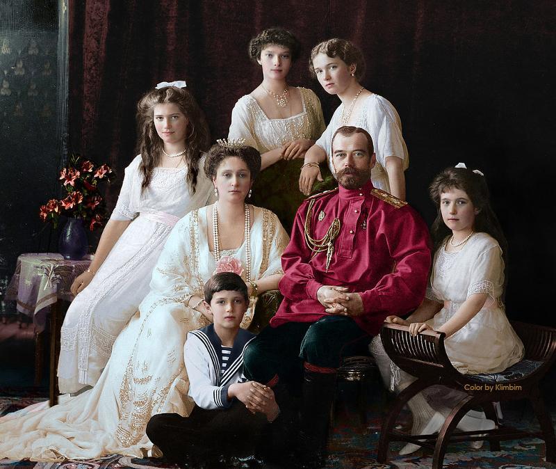 какой жизненный уклад царствовал в семье лариных