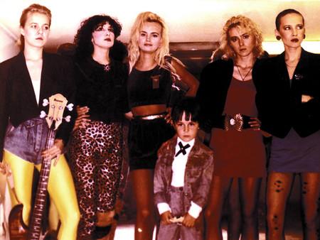вечеринка в стиле 90-х одежда фото