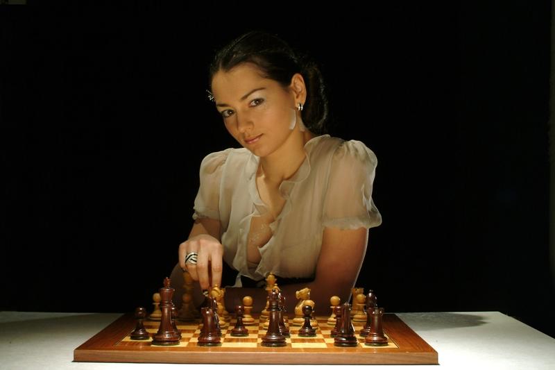 в казино играют в шахматы