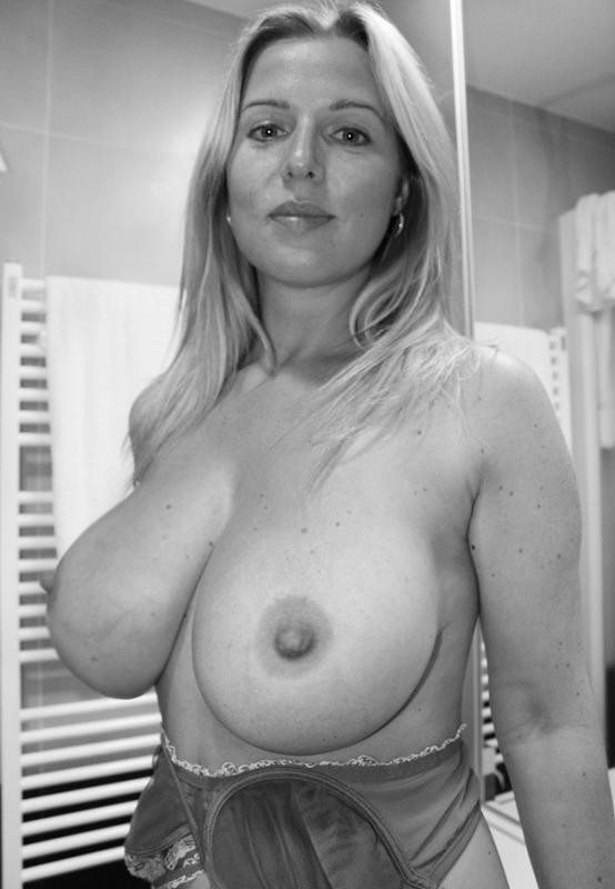 зрелых женщин груди