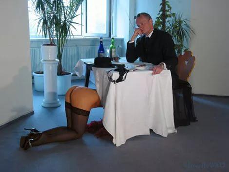Минет в баре под столом, фото голой кати из фильма кухня