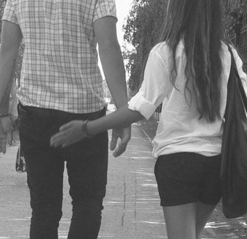 Парни трогают девушек фото фото 407-208