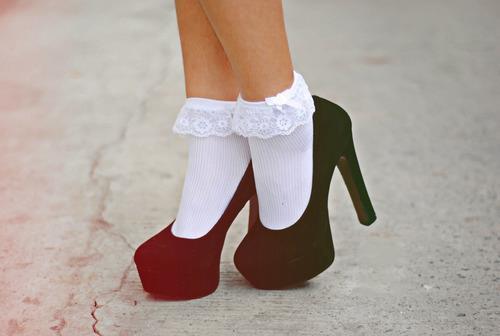 Картинки по запросу Как отстирать белые носки