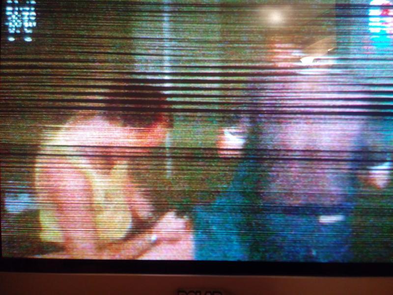 картинка на экране телевизора рассыпается бы, это было