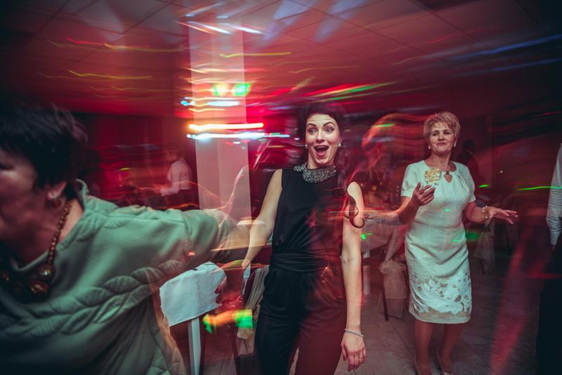 стала яркой настройки фотоаппарата для съемки в ночном клубе часто