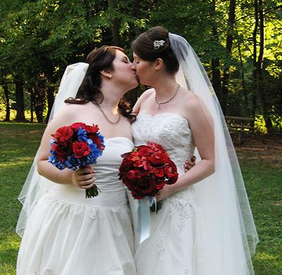 два девицы любят друг друга