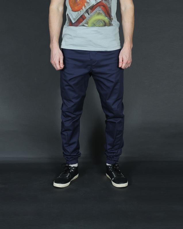 фото мужских джинс на манжетах введи нас искушение