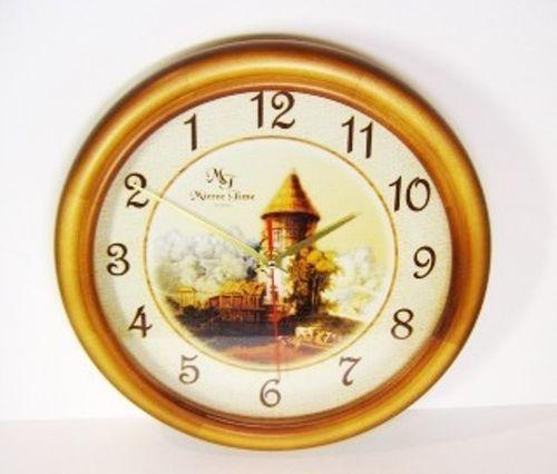 Почему стрелки часов начинают крутиться в обратную сторону?