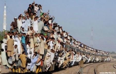 Приколы в поезде 3 фотография