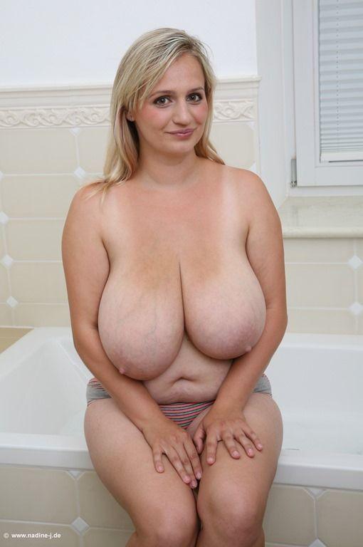 голые огромные стськи