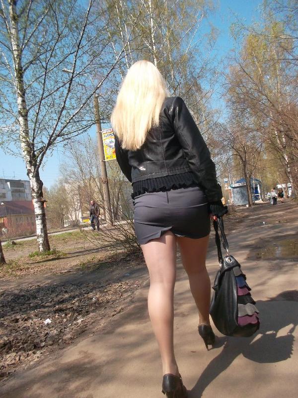 Улице русские дамы на