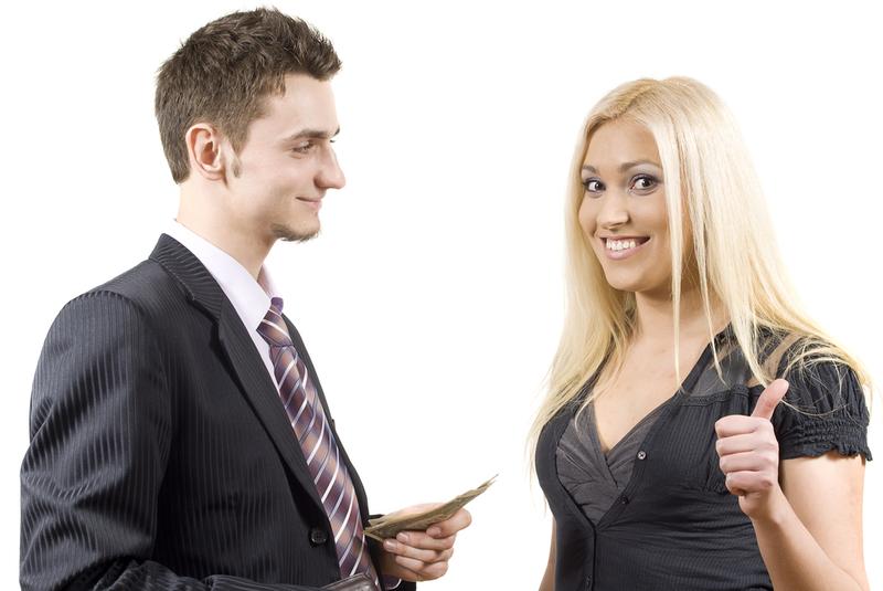 Толпой девушка просит парня шлифануть влазит рот толстухе