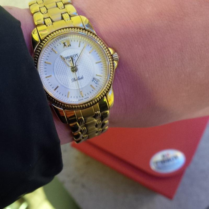 Сколько стоят швейцарские часы