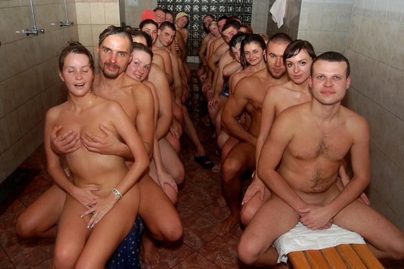 Натуристы медосмотр баня