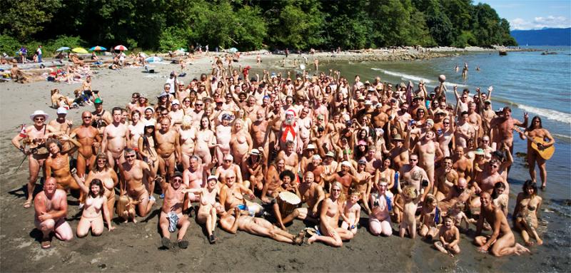 девчонки на нудиские пляжи фото