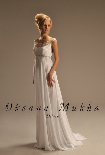 Прямые пышные свадебные платья