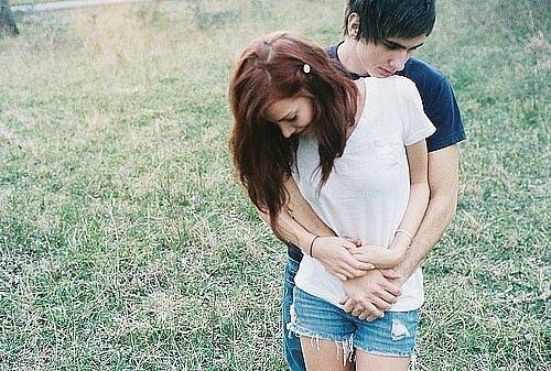 Смотреть картинки где парень пристраевается к девушке с зади фото 79-726