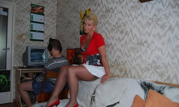 Порно с молоденькими девочками молодые порно смотреть