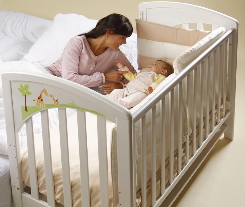 Какую кроватку покупать для новорожденного