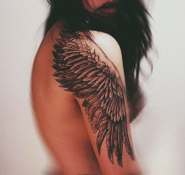Фото и эскизы тату крыльев когда душа просится в