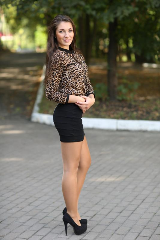 появилась русские фото в юбках заметили