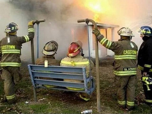 Открытки женщин, картинки про пожарных с приколом