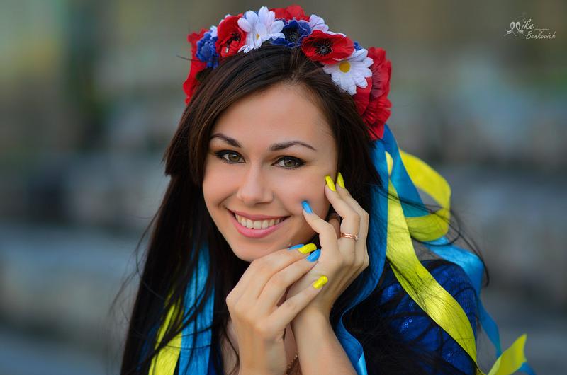 С молодыми украинками