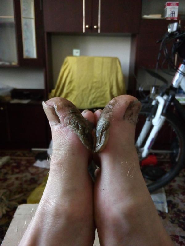 облизывания пальцев ног
