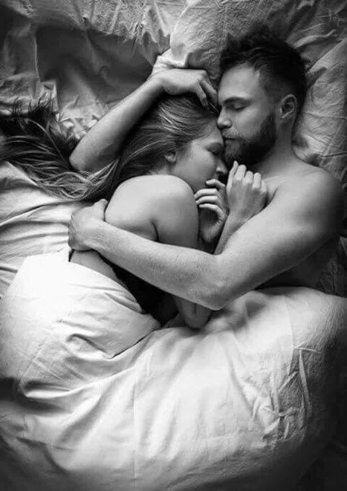 Картинки обнимаю нежно мужчине перед сном