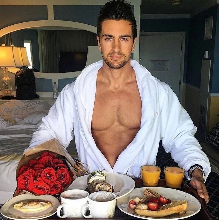 Картинки, прикольная картинка завтрак в постель