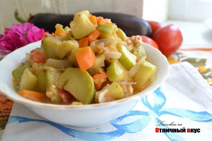 Украшения блюд овощами фото