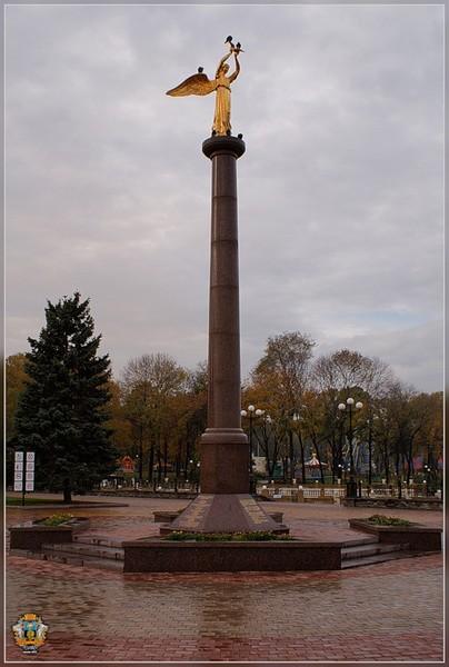 памятники в москве с 19000 описание