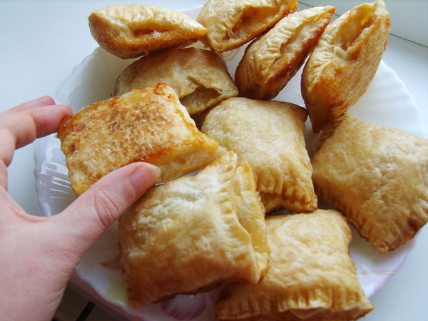 Слоеное тесто рецепты из него с вареньем