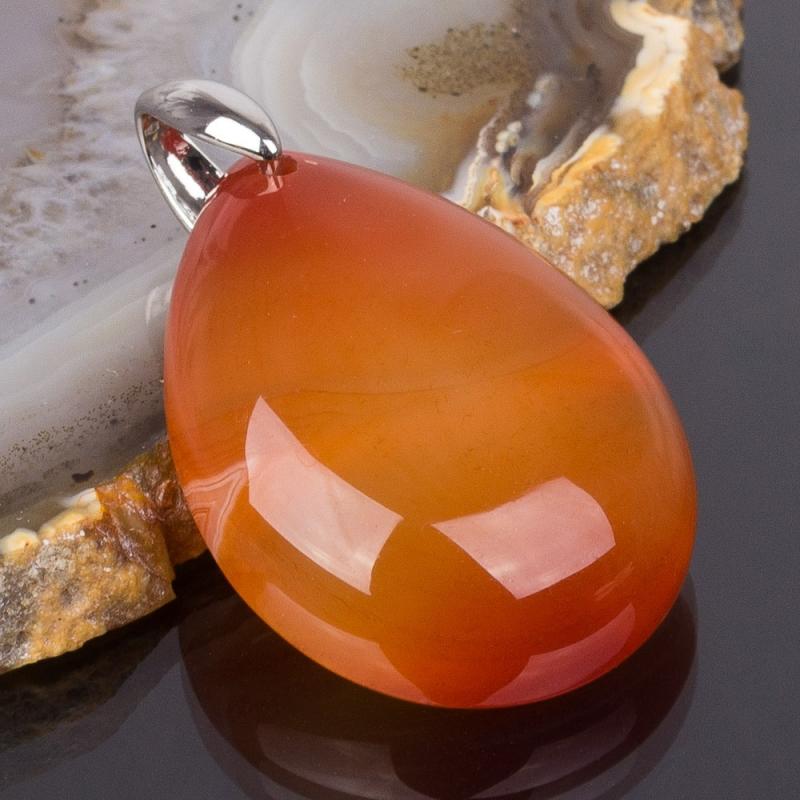 Оранжевые камни с фото и названиями