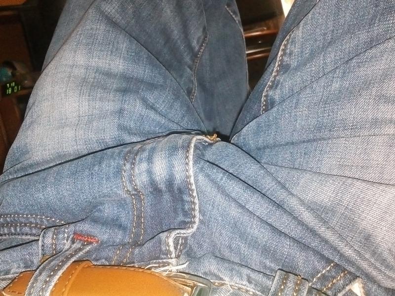 moy-huy-dostal-do-porno-foto-gromadnie-grudi-zhenshin