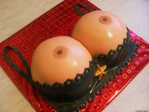 сиськи и пироги фото