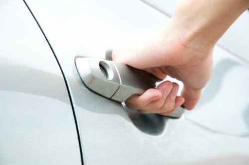 Открытие машины без ключа