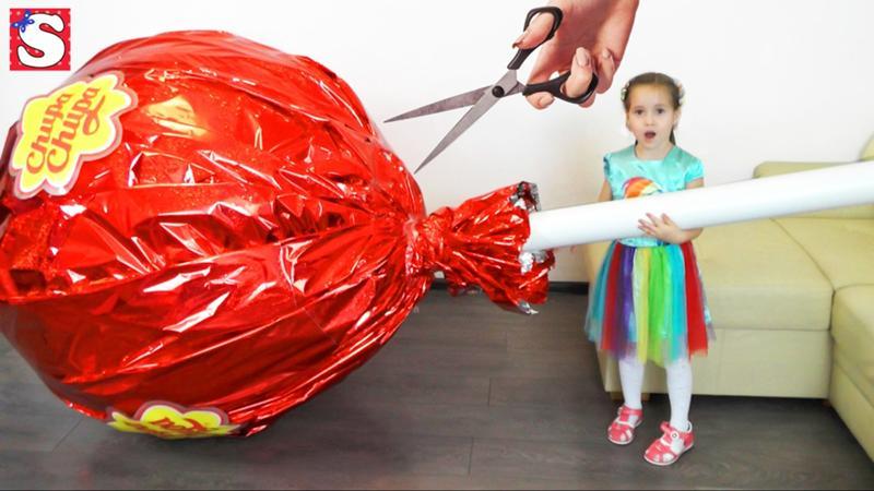 картинки самых больших конфет кольца ножниц большой