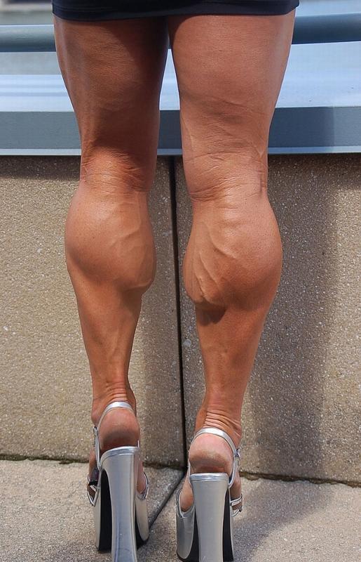 или стоит вмятина на мышце ноги что делать расскажем Вам том