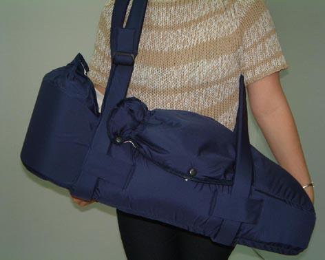 Жесткая сумка для ношения за спиной 5 букв