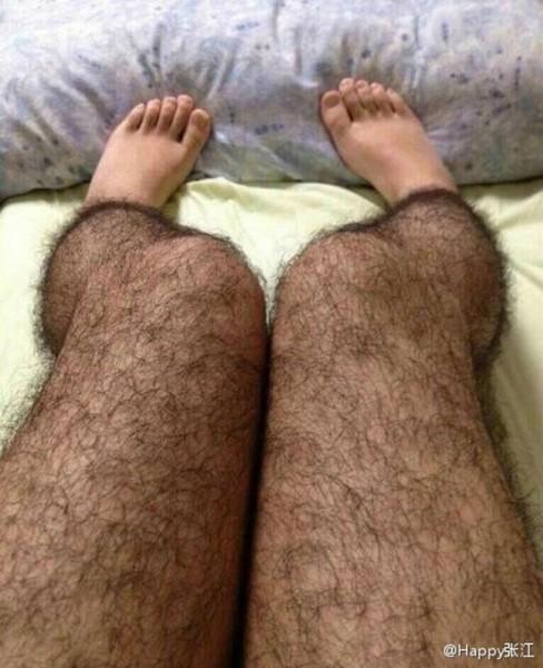 голая худая старая тетка раздвинула ноги