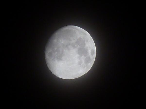 как сфотографировать луну в темноте отделиться шумных