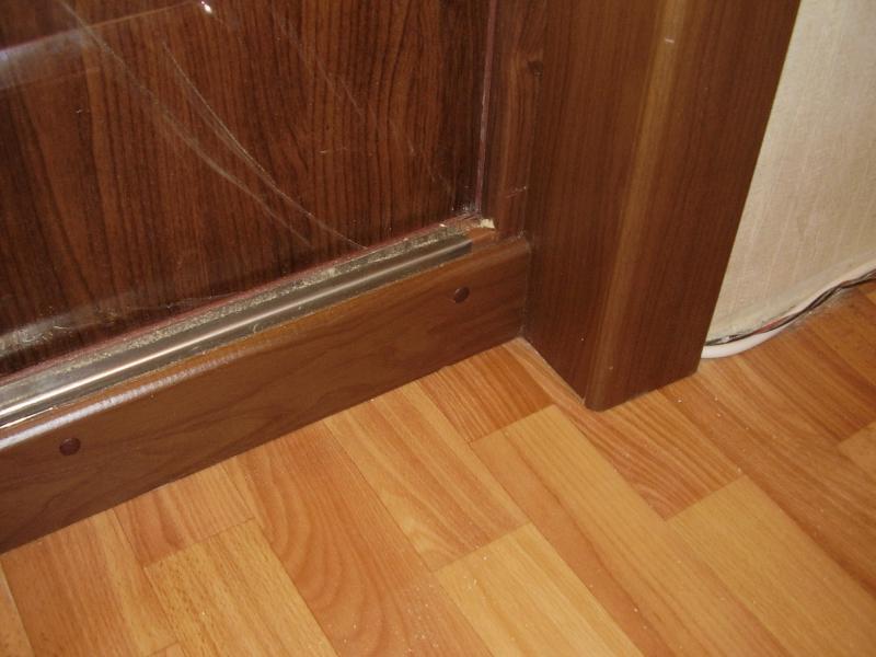 Как сделать порог у входной двери фото