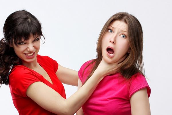 Почему женщины ненавидят друг друга. Причины ненависти