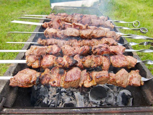Рецепт запекать картошку с мясом слоями