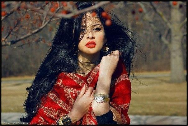 очень красивые голые цыганки фотографии