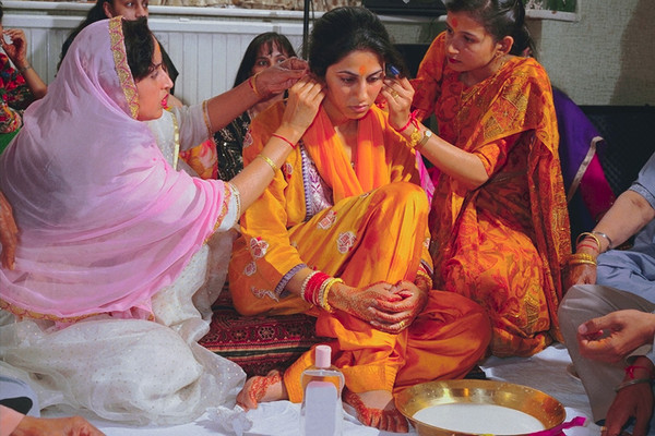 photo essay marriage traditions around the world