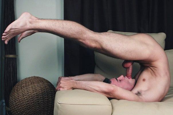 Муж сам себя удовлетворяет видео